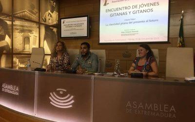 Éxito del Encuentro de Jóvenes Gitanas y Gitanos de Extremadura en Mérida