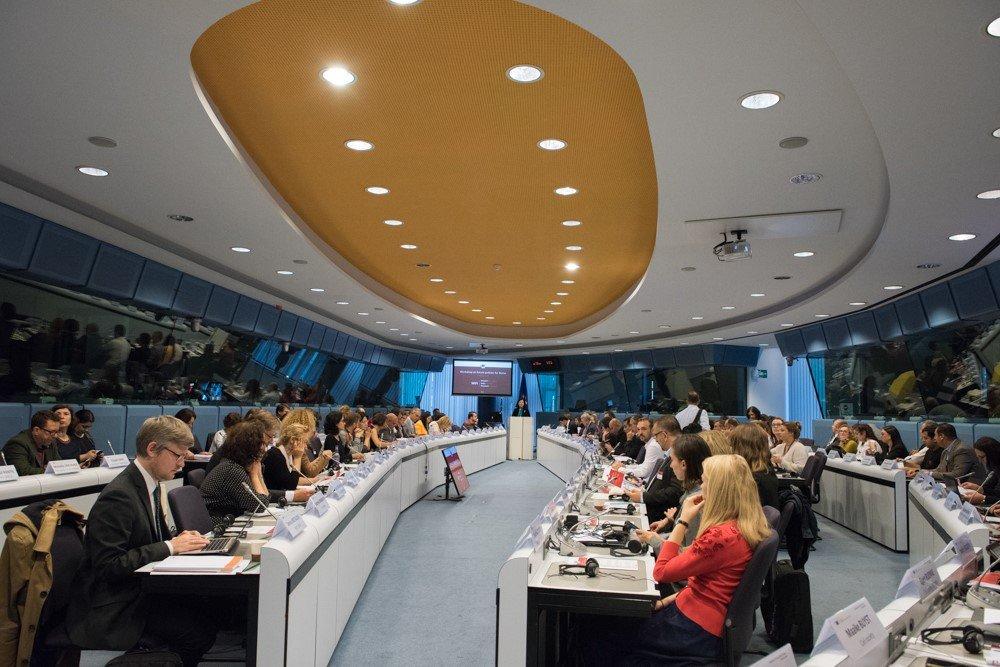 La Plataforma Khetane representa a la sociedad civil gitana de España en el Seminario el Futuro de las Políticas para los Gitanos organizado por la Comisión Europea en Bruselas