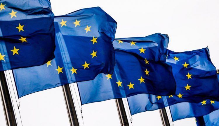 Europa y el Minotauro en el Laberinto Post-Capitalista