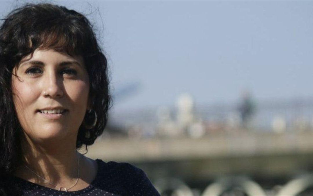 La concejala gitana Sandra Heredia defiende los postulados del movimiento memoralista en la ciudad de Sevilla